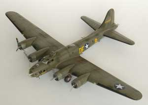 Model plane B-17F Memphis Belle (3)