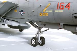 Plastic model airplane kit. F-14D (20)