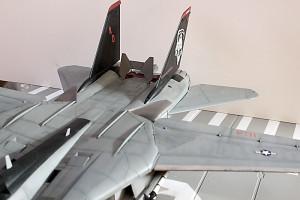 Plastic model airplane kit. F-14D (21)