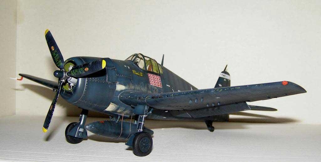Plane model Hellcat - 25