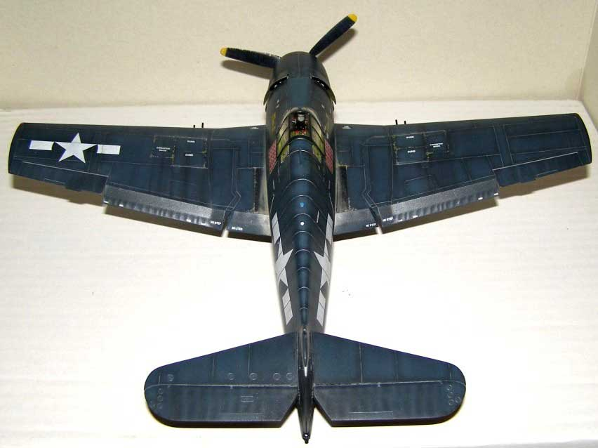 plastic model plane Hellcat
