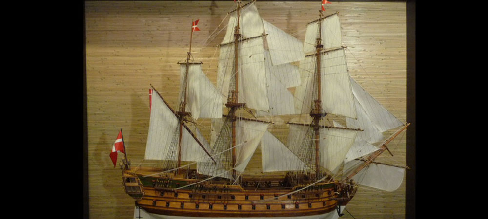 wooden ship model Norske Love (1)