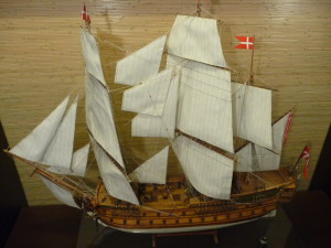 wooden ship model Norske Love (17)