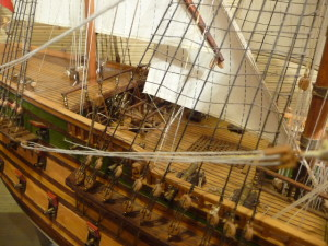 wooden ship model Norske Love (30)