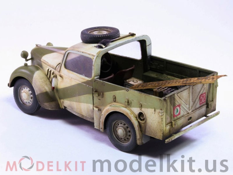 Light Utility car plastic model Austin Tilly from Tamiya