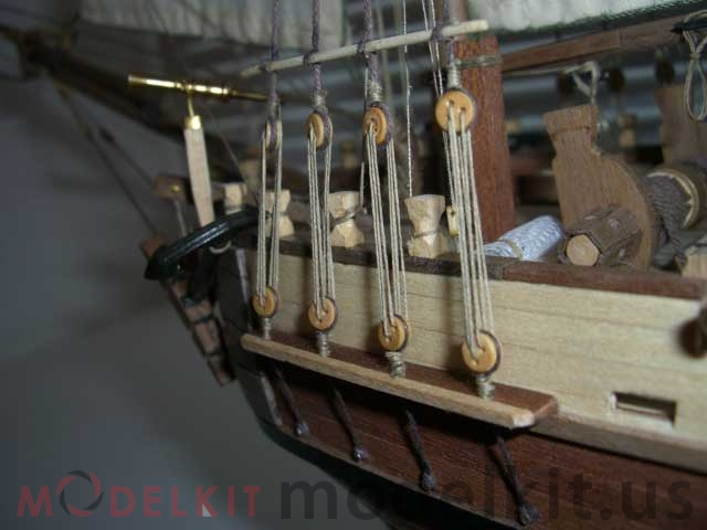 model-schooner-Independence-(10)