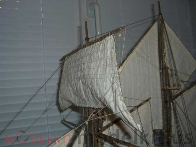 model schooner Independence