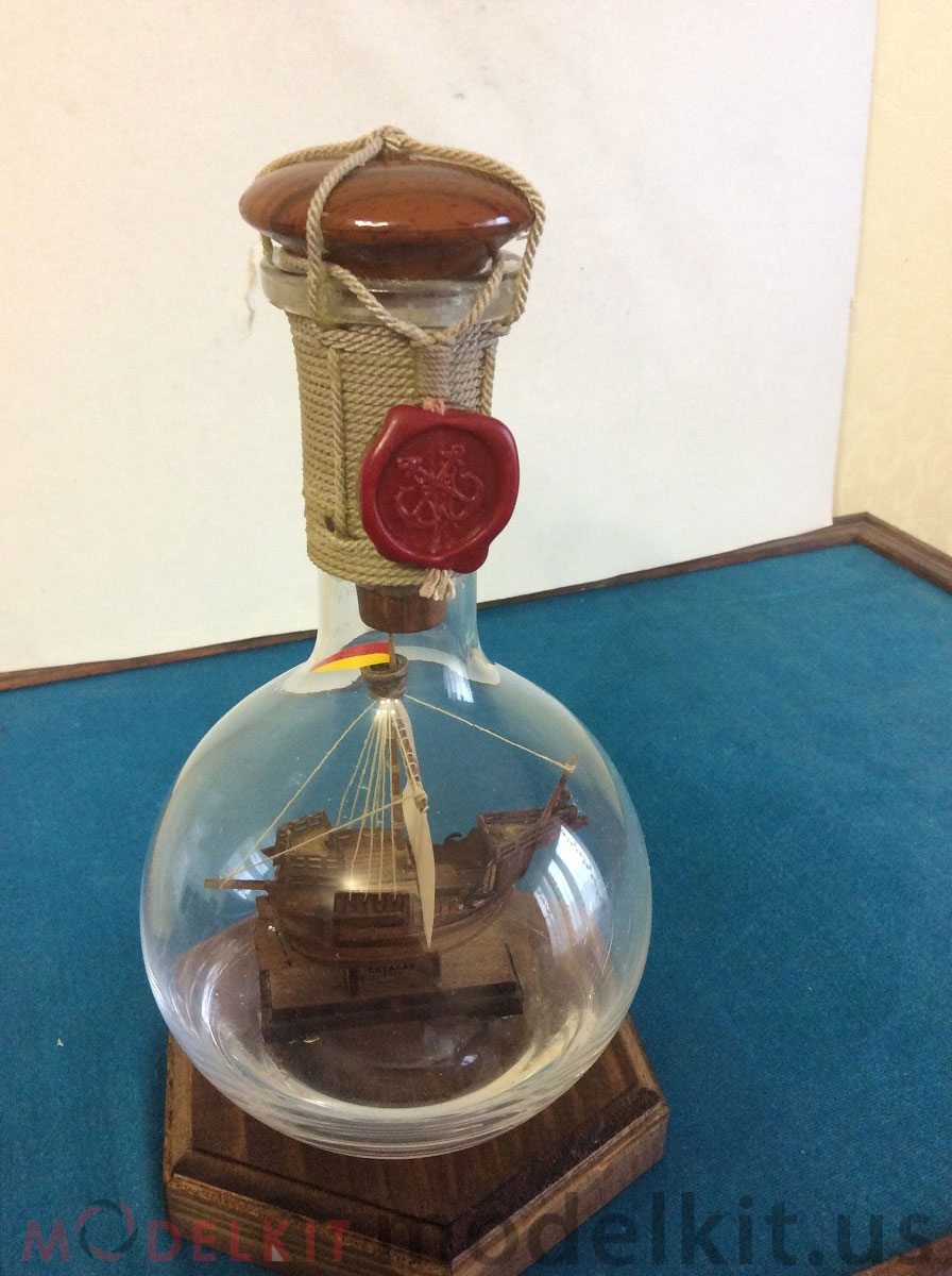 Catalan ship in a bottle (11)