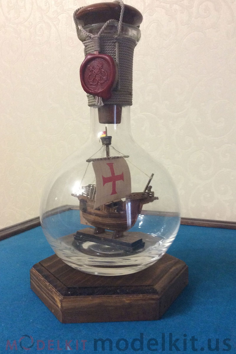 Catalan ship in a bottle