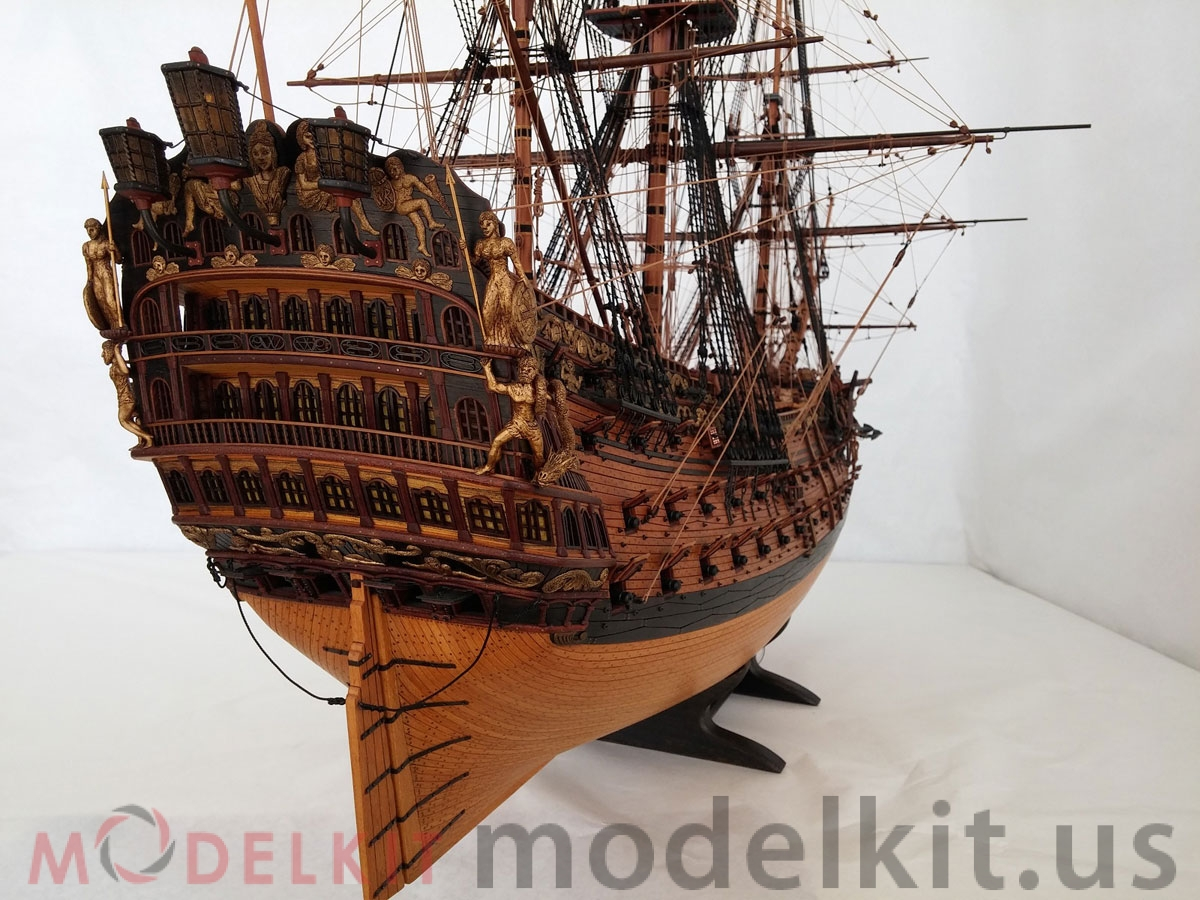wooden model ship HMS Royal William 1719 (2)