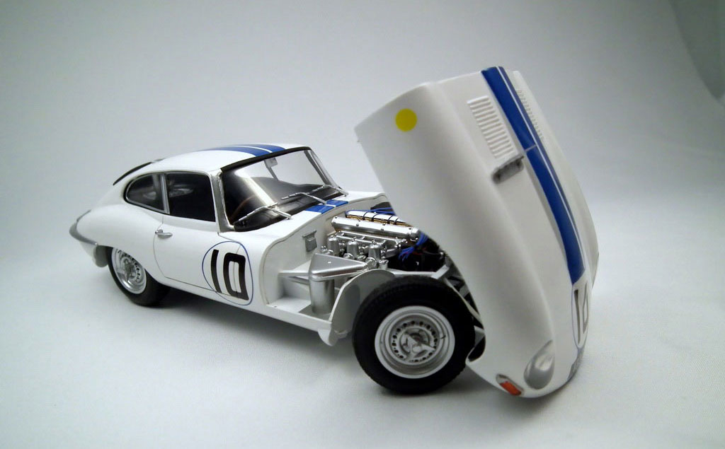 scale car model kits