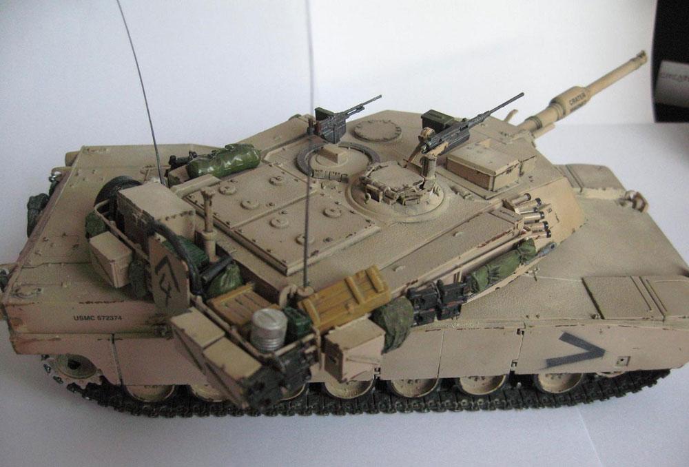 model tank Abrams M1A1