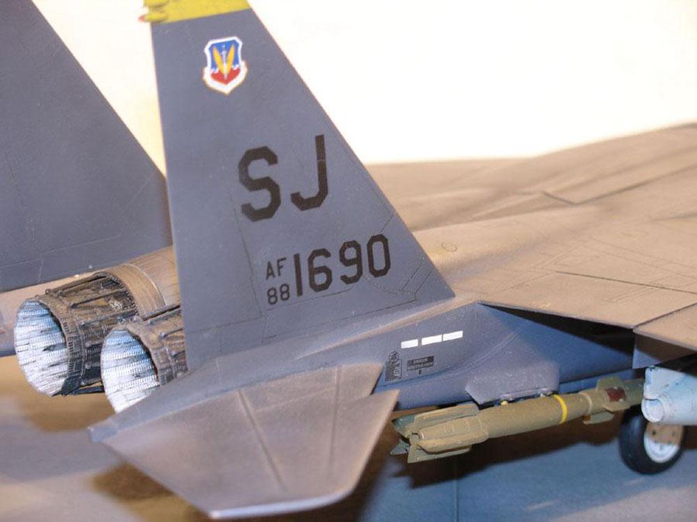 plastic airplane models