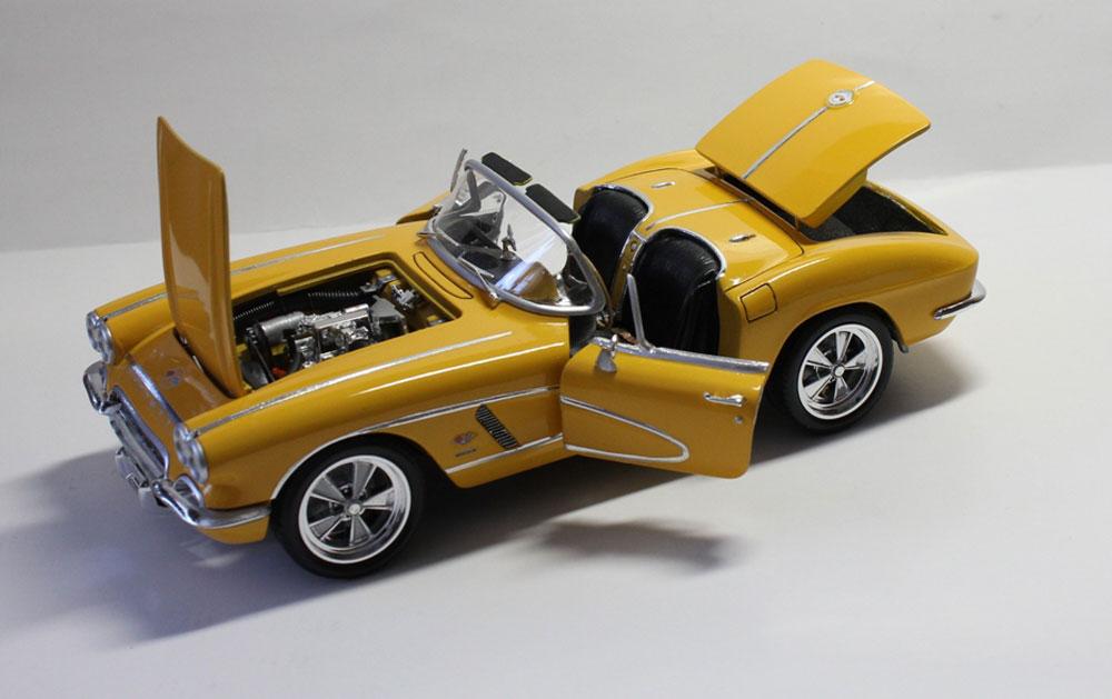 i»?revell model cars